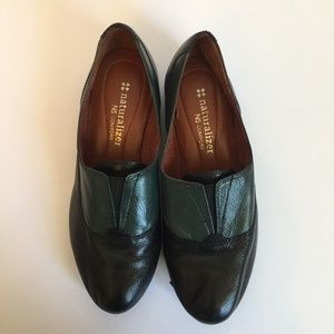 Naturalizer Black and Green Leather Flats Size 5